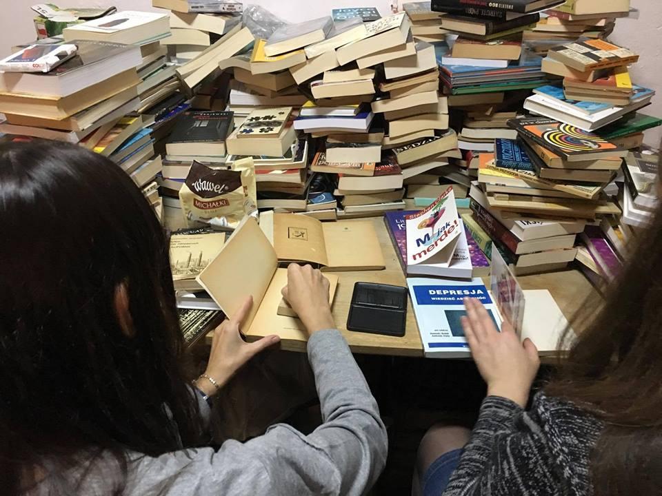 Mobilna Biblioteka dla Bezdomnych