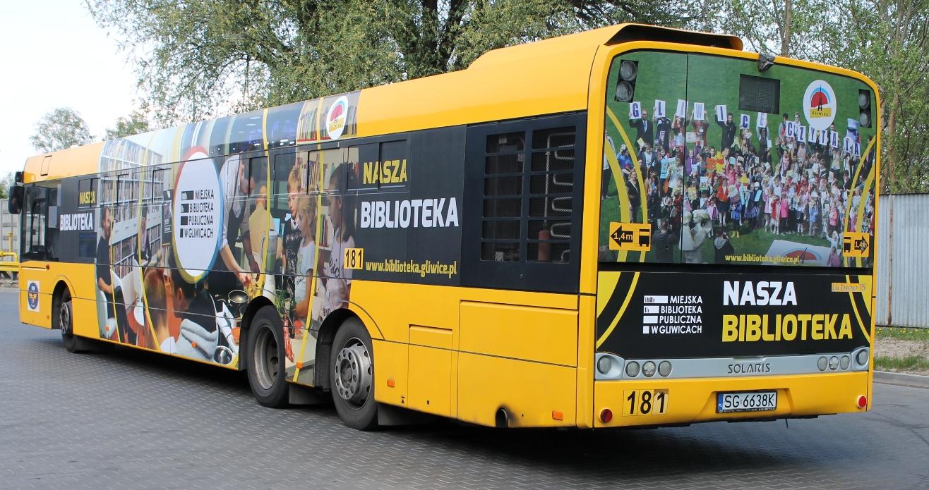 biblioteka w autobusie