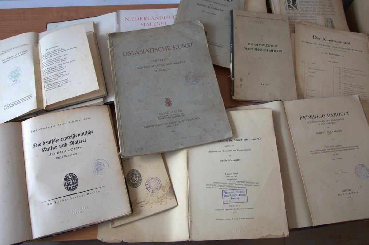 Odzyskano książki stanowiące polskie straty wojenne