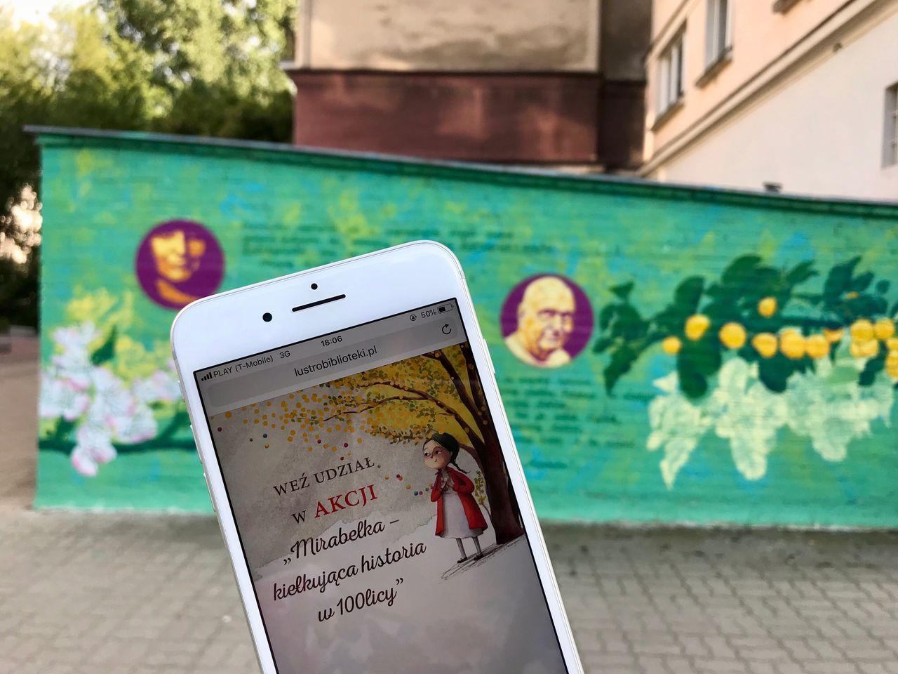 #LiterackaMirabelka – mural z historią dla potomnych