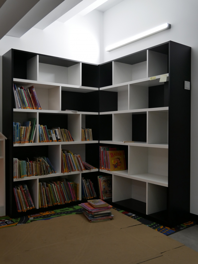 Książkowa kolejka, czyli jak szybko przenieść księgozbiór