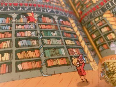 Tajemniczy profesor i koło ratunkowe… w bibliotece