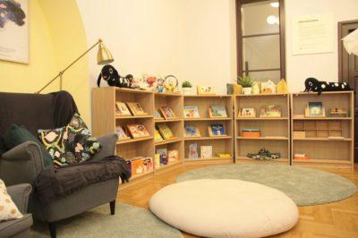 Strefa dla dzieci w WBP w Krakowie urządzona w szwedzkim stylu